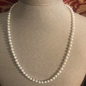 PJS 14K GOLD CLASP FRESH WATER PEARL NECKLACE